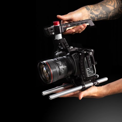 Cage inklusive Top Handle, Baseplate und 15mm Rods für die Blackmagic Pocket Cinema 4K