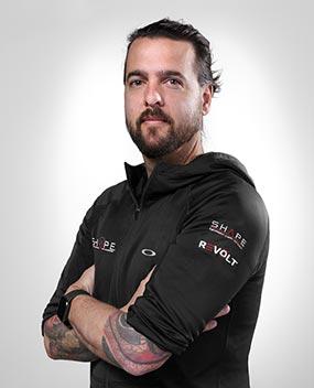 Shape Team André Perron 570x704