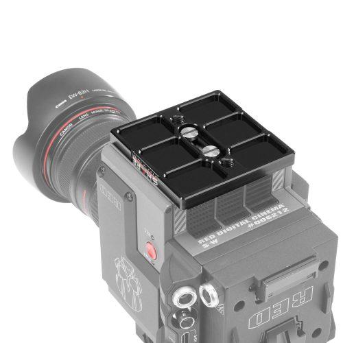Plaque adaptatrice pour RED® DSMC2 compatible avec bridge plate Arri standard 15/19 mm studio